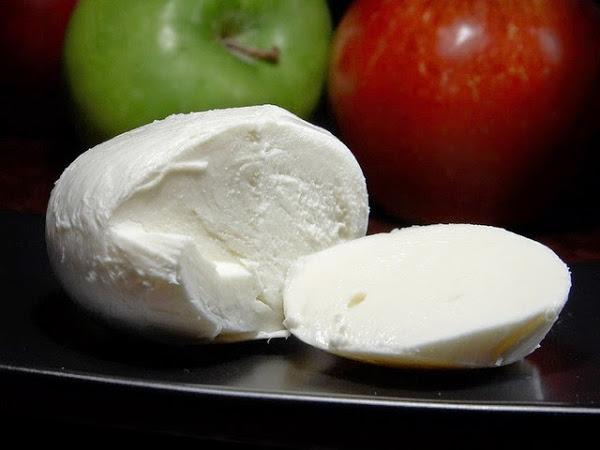 queso, fuente natural de vitamina A